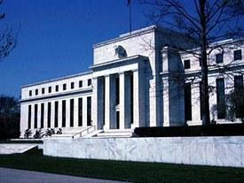 Most Think Fed, Big Banks Too Close for Comfort